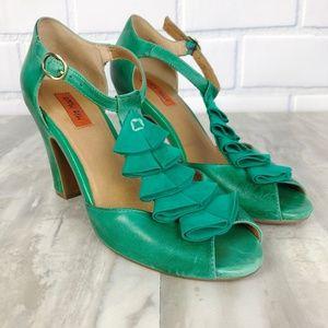 Miz Mooz Sailor Flutter T-Strap Leather Heels Sz 7